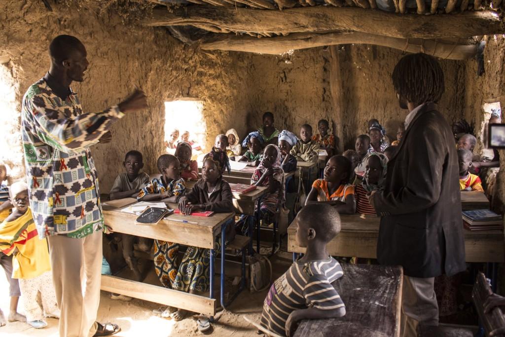 Fanga school in Fintiguila mit Souleymane (links) | Foto:
