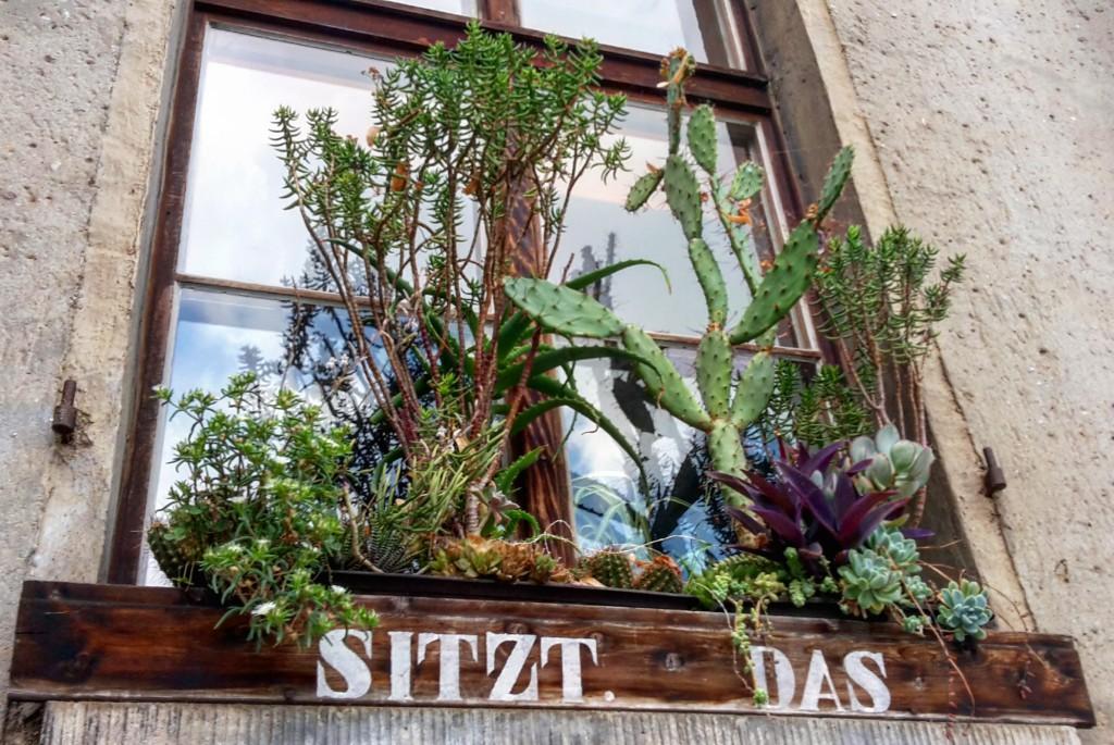 das notwendigste werk ist stets die liebe urban gardening mal anders feels like erfurt. Black Bedroom Furniture Sets. Home Design Ideas