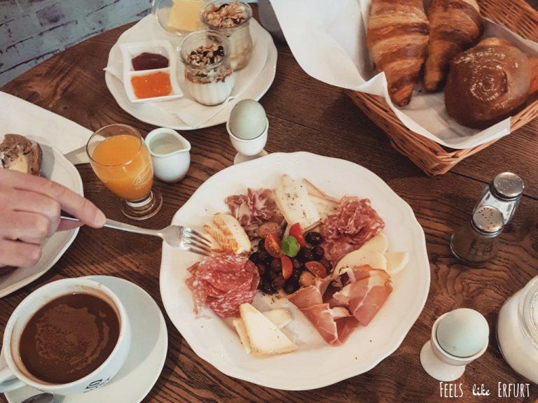 Gut frühstücken in Erfurt kann man u.a. im Café Oma Lilo