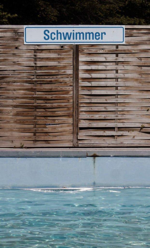 Schwimmerbecken im Dreibrunnenbad Erfurt